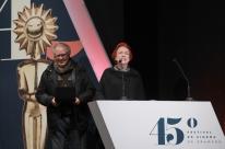 Trajetórias de Lucy e Luiz Carlos Barreto se confundem com a do Festival de Cinema de Gramado