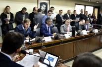 Souza quer dar andamento a projeto do plebiscito na CCJ