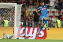 Napoli e Sevilla confirmam vantagem e jogarão fase de grupos da Liga dos Campeões