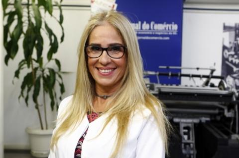 Jeanine Lima de Mello se apresenta como assessora pessoal sênior