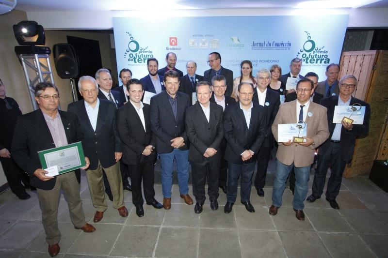 Troféu O Futuro da Terra foi entregue no Parque de Exposições Assis Brasil, em Esteio, a personalidades que contribuíram para fortalecer o agronegócio