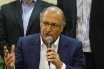 Evasivo e sem agenda para justificar visita, Alckmin desembarca na Expointer