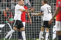 Alemanha faz 6 a 0 na Noruega e fica a um empate da Copa do Mundo de 2018
