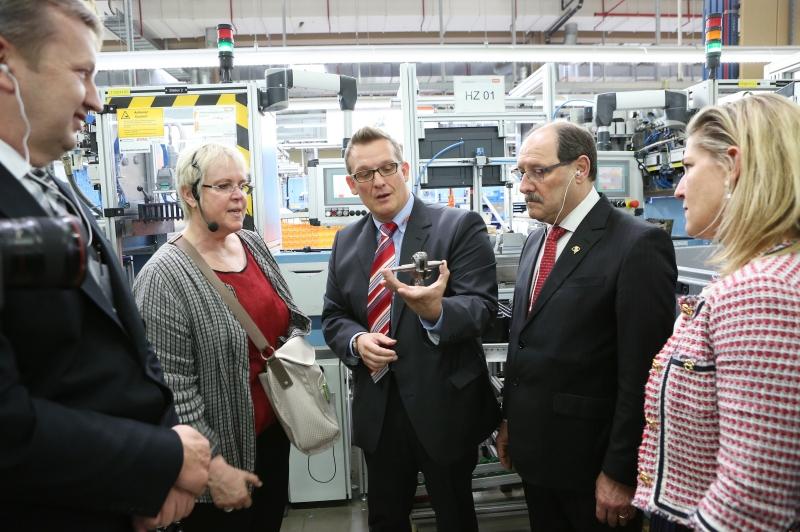 Anúncio foi feito na visita de Sartori à sede da multinacional fabricante de motoserras na Alemanha
