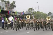 Cerca de 25 mil pessoas assistem ao desfile de 7 de Setembro em Porto Alegre