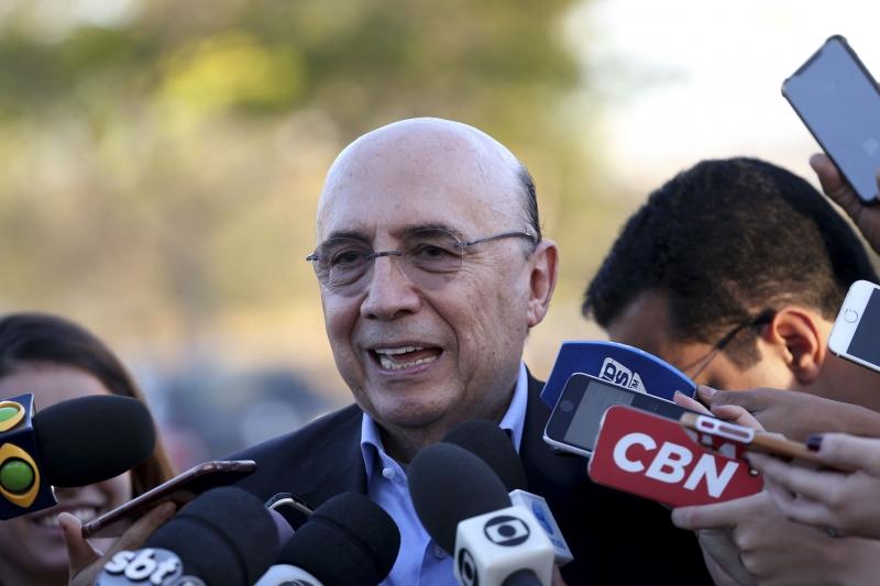 Ministro Henrique Meireles apresentou esboço do projeto ao presidente Michel Temer no sábado