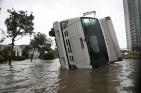 Donald Trump declara estado de 'grande desastre' na Flórida