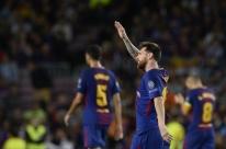 Messi marca 2, encerra 'maldição' contra Buffon e Barcelona atropela a Juventus