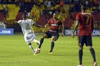 Sport bate Ponte Preta nas oitavas da Sul-Americana e ameniza crise