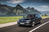 Mercedes-Benz Classe S sofre mudanças no design externo e interno