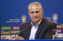 Tite admite favoritismo na Copa, mas diz que seleção ainda não está pronta