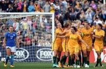 Seleção brasileira feminina de futebol perde para a Austrália em amistoso