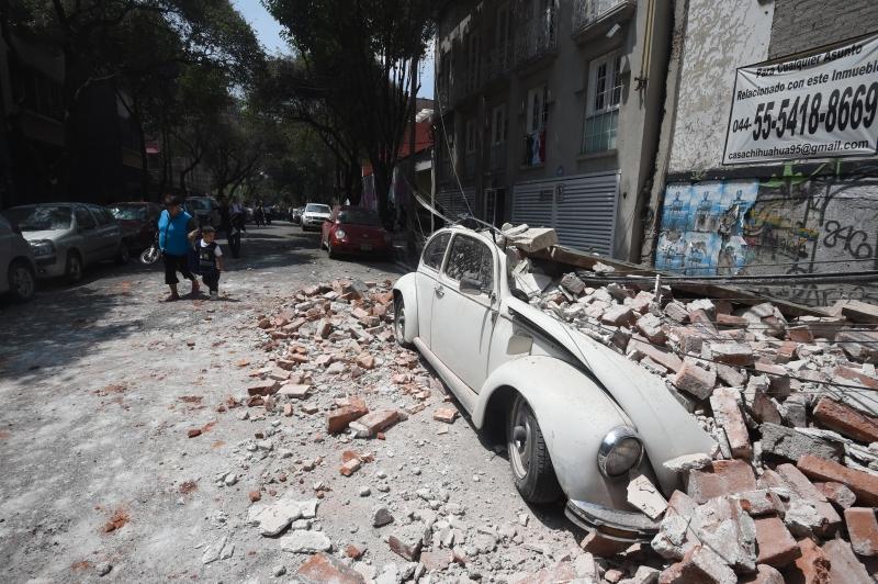 Resultado de imagem para terremoto no méxico 19/09/2017