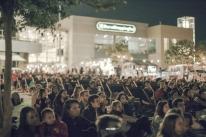 Shopping promove cinema ao ar livre em Porto Alegre
