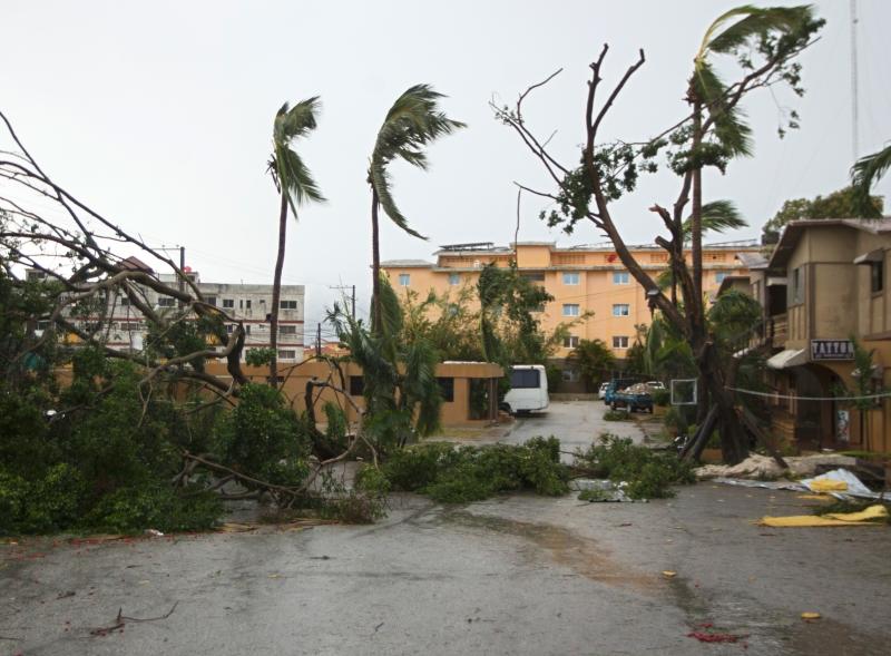 Ilha ainda enfrenta os efeitos da passagem dos furacões Irma e Maria