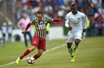 Fluminense perde para a LDU, mas avança na Sul-Americana e pegará o Flamengo