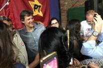 Haddad descarta ser plano B a Lula, mas é lançado por Tarso como candidato