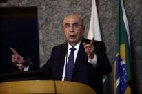 Governo não vai recuar na reforma da Previdência, diz Meirelles