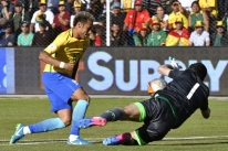 Goleiro boliviano se destaca e segura empate sem gols com o Brasil em La Paz