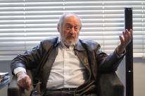 Preso ou não, Lula continua importante, diz Koutzii