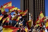 Espanha tem dia de protestos contra separação da Catalunha e a favor de diálogo