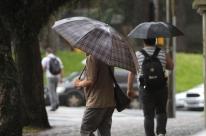 Chuva incessante em Porto Alegre já bate média histórica de outubro