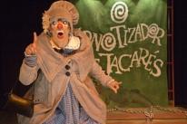 Circo Teatro Girassol homenageia palhaços brasileiros
