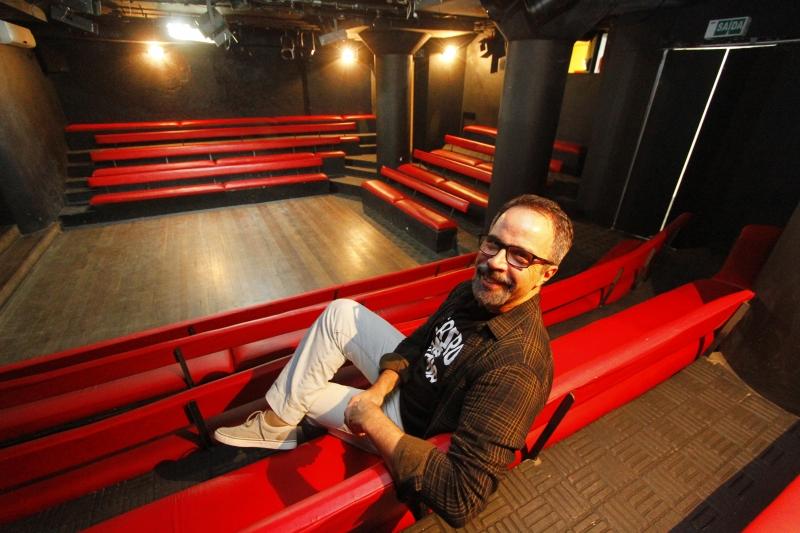 Clovis Rocha comanda o Teatro de Arena, que completa 50 anos