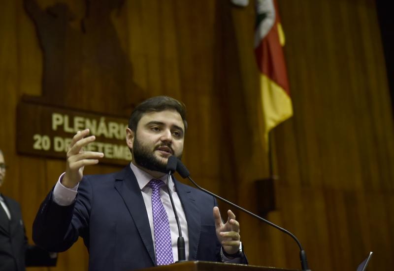 Gabriel Souza sugeriu máximo de oito liberações