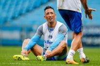 Geromel, Fernandinho e Barrios à disposição para pegar o Cruzeiro