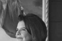 Hilda Simões Lopes lança novo romance no Bistrô do Solar