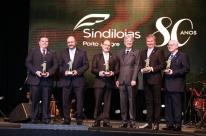 Sindilojas faz 80 anos e homenageia colaboradores