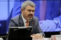 Advogado de Temer pede que deputados da CCJ rejeitem denúncia