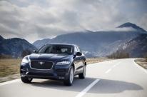 Jaguar F-Pace estreia motor a gasolina no Brasil