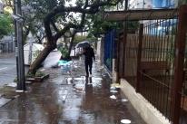 Porto Alegre amanhece sem recolhimento de lixo orgânico