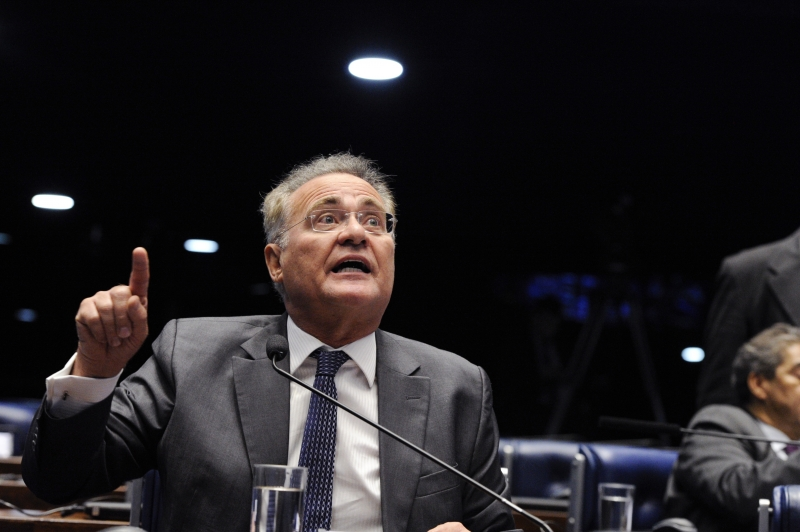 Senador alagoano evitou dizer que o MDB deve ter prioridade para presidir o Senado