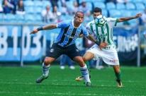 Palmeiras atropela Grêmio na Arena e se aproxima do Corinthians