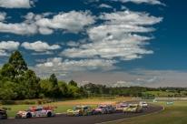 Daniel Serra vence 1ª prova em Tarumã e se mantém na liderança da Stock Car