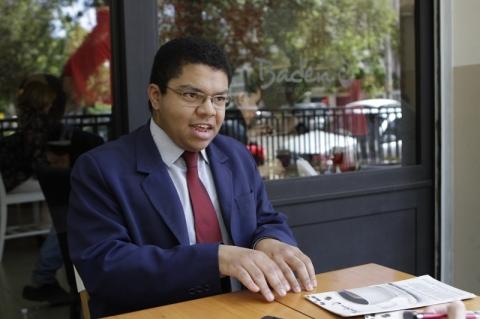 Advogado ministra aulas de oratória