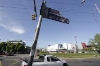 Porto Alegre terá novas placas e relógios de rua no ano que vem