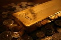 Ouro fecha em alta após tarifa dos EUA contra China e atinge máxima desde 2013