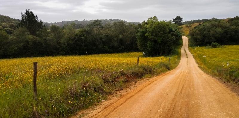 Via Ecológica Serra dos Tapes tem trajeto todo em estrada de chão
