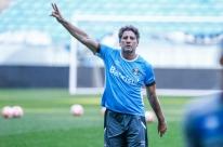 Portaluppi mantém dúvida no meio e não vê Grêmio na final: 'Não vamos cair nessa'