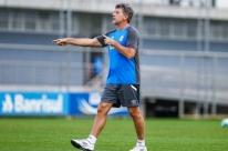 Renato tenta ser primeiro brasileiro a ganhar Libertadores jogando e como técnico