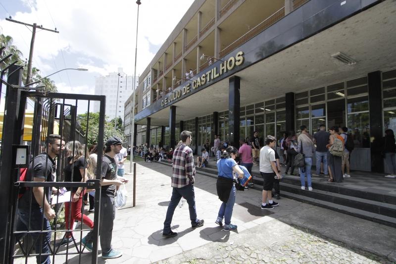 MEC espera que 7,5 milhões de pessoas se inscrevam para o exame neste ano