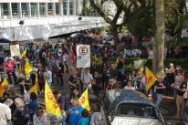 Em greve, Cpers e Simpa fazem ato unificado pela educação pública