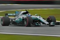 Perto de recorde, Bottas lidera 3º treino e mantém Mercedes na frente no Brasil