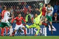 Suíça segura empate com a Irlanda do Norte e se classifica à Copa do Mundo