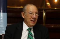 Rubens Barbosa: 'Ainda há muito para ser discutido em possível acordo Brasil-EUA'