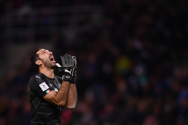 Gianluigi Buffon lamenta a perda da vaga ao Mundial